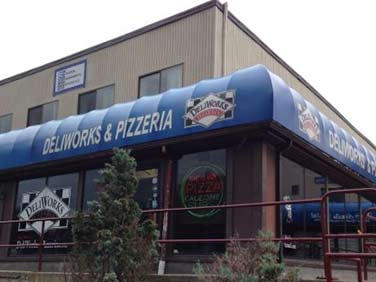 Deliworks Pizzeria Stoneham Outside